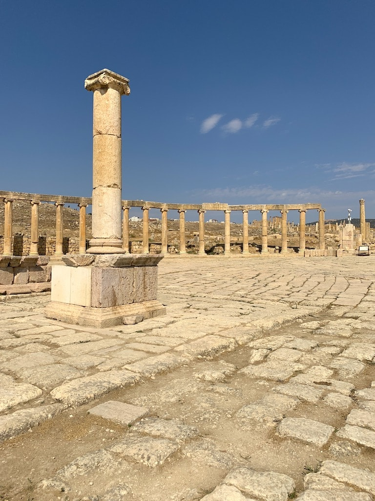 The Jerash ruins in Jordan is a must when visiting the Hashemite Kingdom of Jordan.
