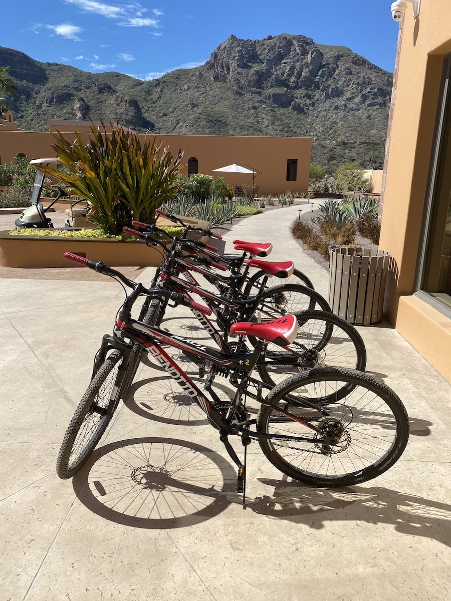 bikes in front of Villa del Palmar