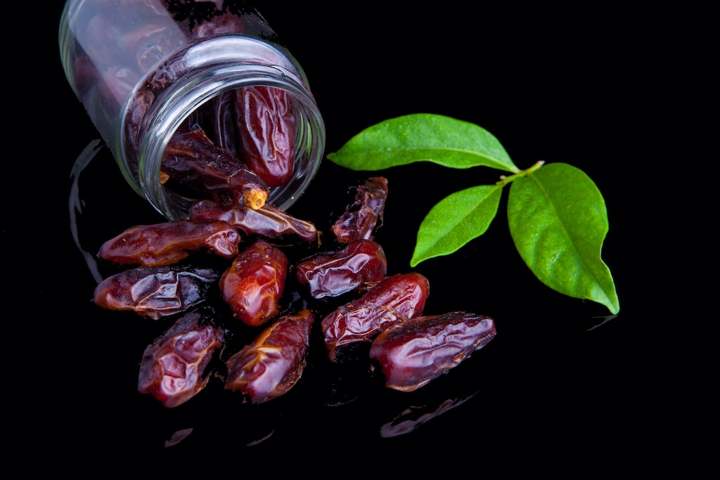 dried dates in jar