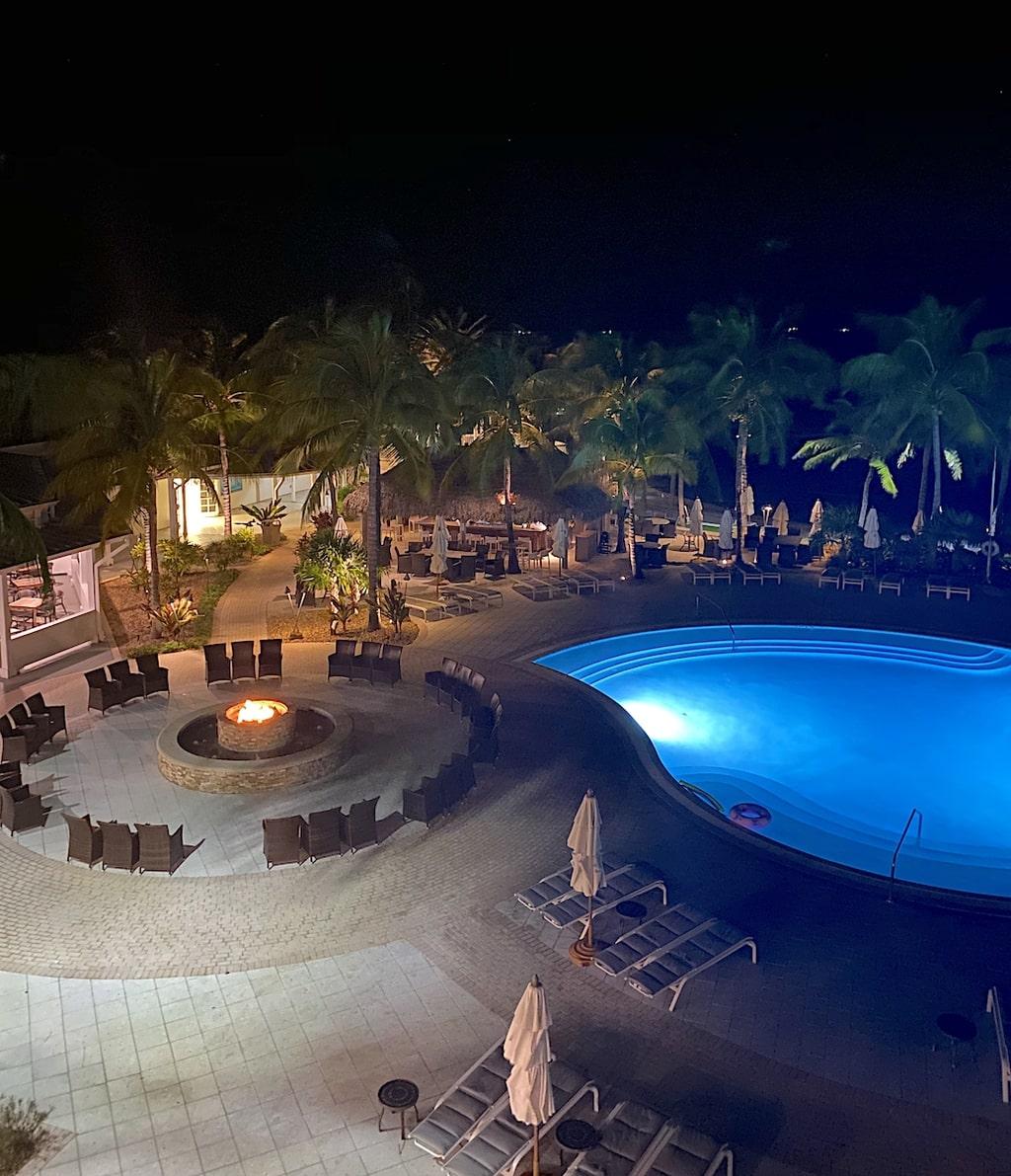 Hawk's Cay Resort Duck Key firepit