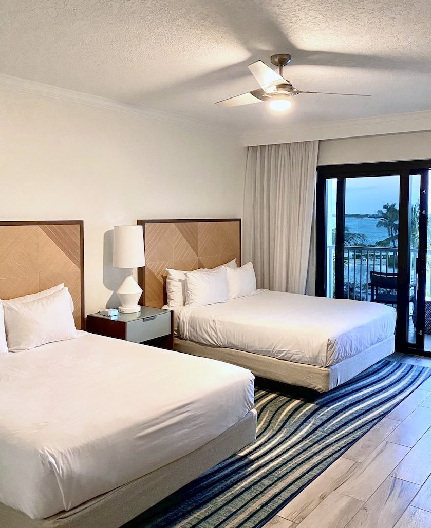 room at Hawk's Car Resort at duck Key