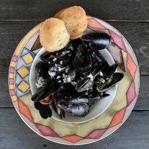 These drunken mussels are from Penn Cove in Whidbey Island.