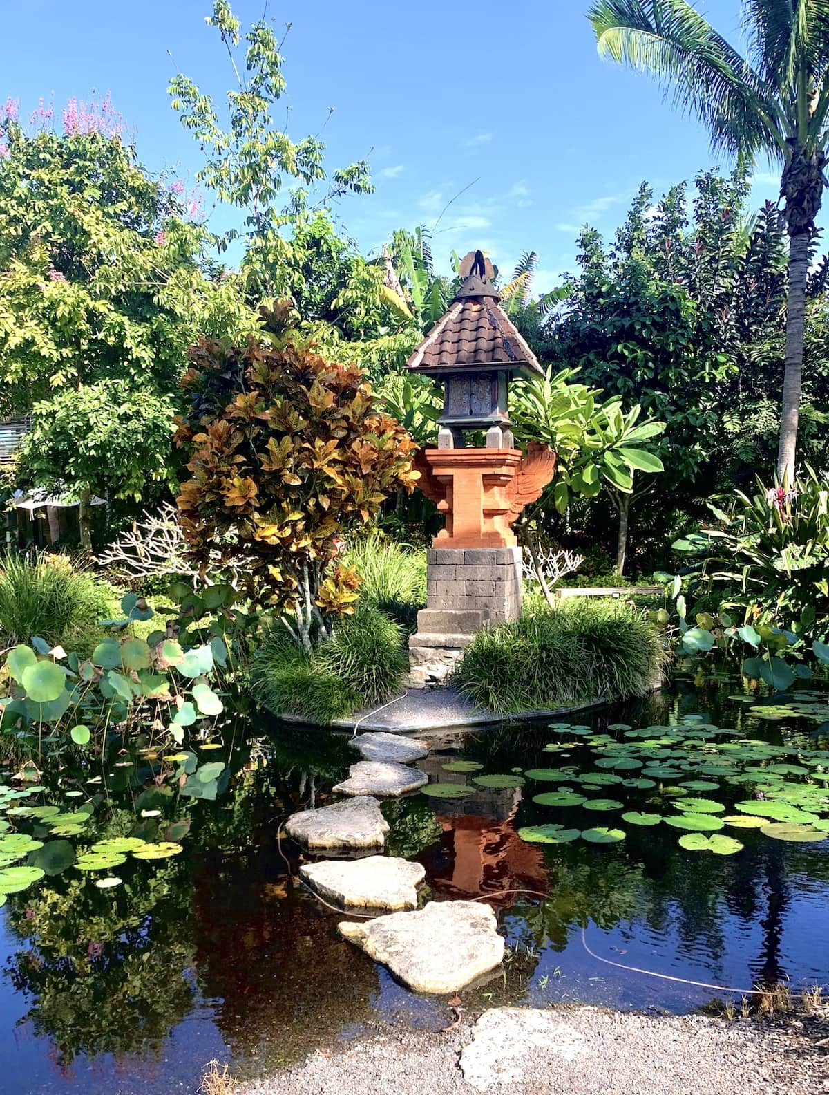 Naples Botanical Gardens is one of my favorite things to do in Naples.
